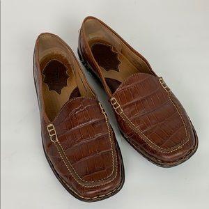 Born Leather Loafers 10W EUC Brown Crocodile Print